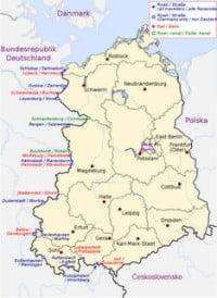 438px-DDR_Grenzuebergangstelle_1982