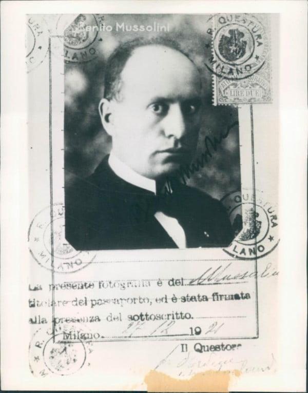 Benito Mussolini Passport 1922