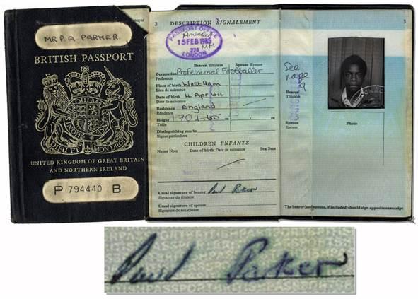 Passport Of Professional Footballer Paul Parker – Manchester United