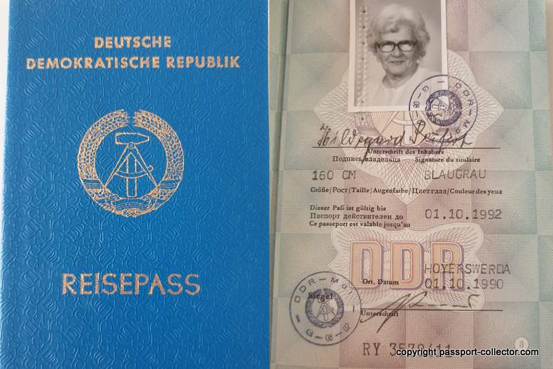 DDR passport 1990 - the last one