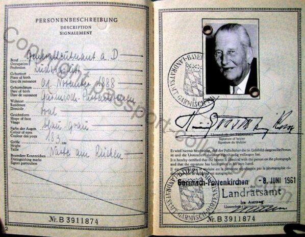 Prince Reuss Passport 1961