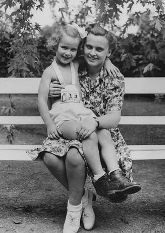 Magda & Agnes