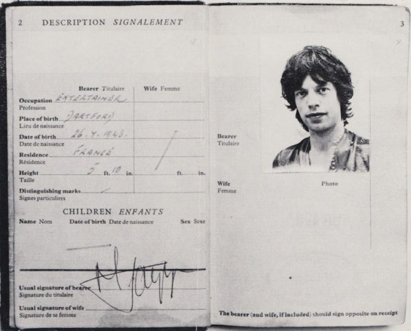 REPLICA PASSPORTS OF THE LEGENDARY ROLLING STONES