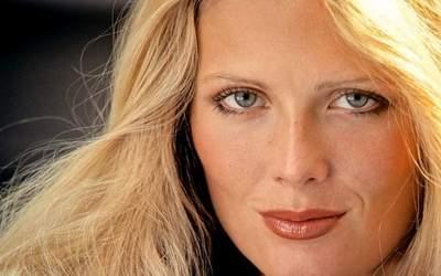 Debra Jo Fondren Passport – Playboy Playmate